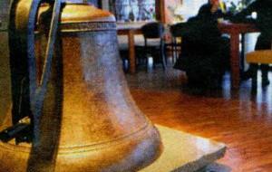 Dzwon z Gustloffa w restauracji
