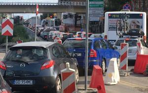 Autobusy stoją w korku, bo nie mogą jechać ul. Okopową tunelem