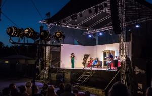 Teatr Wybrzeże gra na Scenie Letniej w Pruszczu Gdańskim