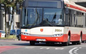 Kradzież trzystu młotków z autobusów