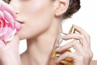 Perfumy latem? Tak, ale z umiarem