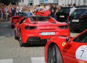 Blisko 30 Ferrari zaparkowało w Sopocie