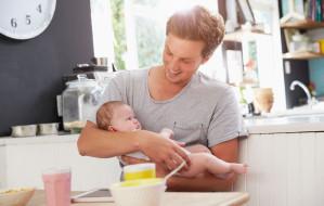Ojcowie na urlopie macierzyńskim. ZUS podaje statystyki
