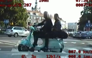 Gangster na działkach, pijany na skuterze