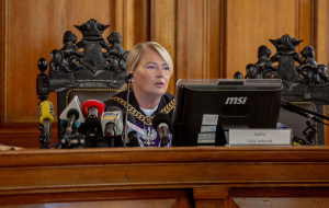 Sąd wciąż ogłasza wyrok w sprawie Amber Gold