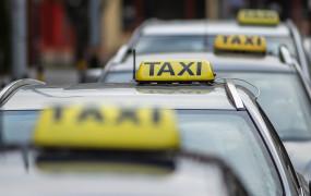 Taksówkarz pokrzyżował plany oszustom