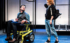 """Niepełnosprawność bez tabu. Recenzja """"Kosztu życia"""""""