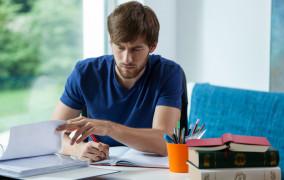 Opłacenie nauki w zamian za umowę lojalnościową