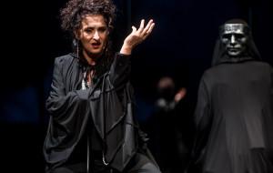 """Kram z piosenkami. O """"Czarnych wdowach"""" Teatru Miejskiego"""