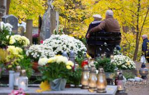 Płatna opieka nad grobami