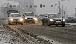 Jak bezpiecznie jeździć zimą?
