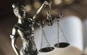 Duchowny oskarżony o gwałt na 17-latce