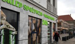 Duży napis na sklepie w centrum Gdańska będzie musiał zniknąć