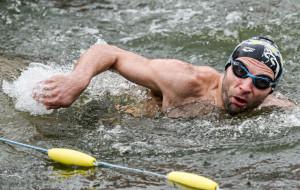 Trwają mistrzostwa Europy morsów w pływaniu na czas