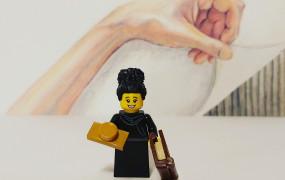 Olga Tokarczuk z klocków Lego. Autorem nauczyciel z Sopotu
