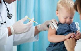 Punkty za szczepienia w rekrutacji do żłobka. Radni zagłosują w marcu