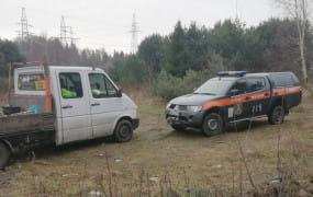 Gdynia: przyłapani na wyrzucaniu gruzu w lesie