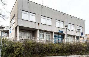 Komisariat na Karwinach od września zamknięty, policjanci pracują w Redłowie