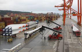 Port Gdynia chce kupić wszystkie tereny zajmowane  przez Stocznię Wojenną