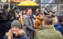 Szymon Hołownia zbierał podpisy w Gdańsku