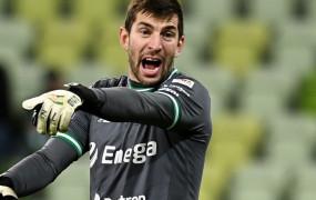 Lech Poznań - Lechia Gdańsk 2:0. Dusan Kuciak doskonały, Karol Fila na czerwono