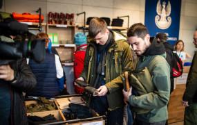 Powojskowy sprzęt do kupienia w centrum Gdyni