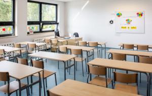 """Rejonizacja a wybór szkoły podstawowej? Kiedy placówka jest """"nie po drodze"""""""