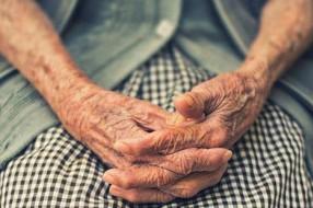 Zakonnicy pomogą starszym w zakupach