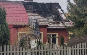 Uratował mieszkańców płonącego domu