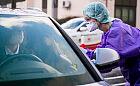 Niemcy: testy na koronawirusa bez wychodzenia z auta