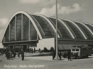 Hala targowa: dawna mekka handlu w Gdyni