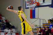 Sport Talent. Olaf Perzanowski lata wysoko i wygrywa konkursy wsadów