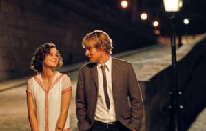 """Wszędzie dobrze, gdzie nas nie ma. """"O północy w Paryżu"""" w trójmiejskich kinach"""