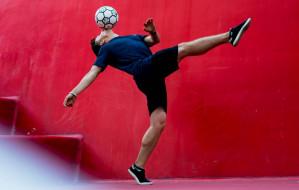 Łukasz Chwieduk - Ronaldinho z Gdyni. Trikami podbija świat