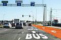 Buspas również dla skręcających aut na al. Havla