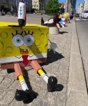 Dzieci udekorowały słupki w Gdyni