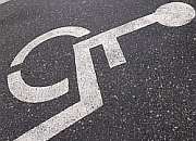 Plaga fałszywych niepełnosprawnych  przez prawo do darmowego parkowania