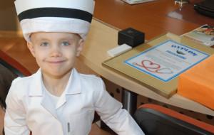 Spełnione marzenie 5-letniej Julki. Została pielęgniarką