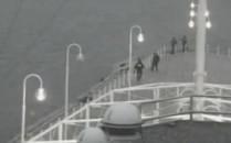 Policjanci powstrzymali desperata na molo...