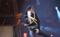 Siła muzyki Michaela Jacksona w...