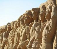 Ruszył festiwal piaskowych rzeźb na plaży