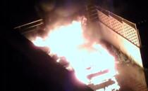 Spłonęły dwa samochody w Oliwie