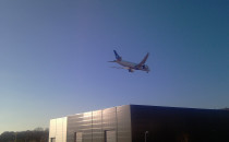 Dreamliner LOT-u ćwiczy nad Trójmiastem