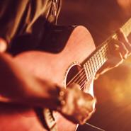 Październikowe Live Music:Slingshot Trio