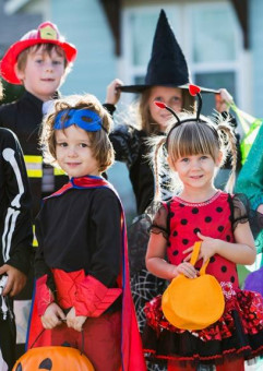 Bal Halloweenowy dla dzieci w wieku 3 - 8 lat
