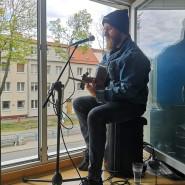 Koncert w oknie - Adam Kalinowski