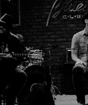 Czwartkowe Live Music: Mietek Blues Band Duo
