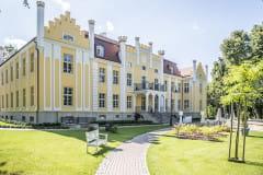 Quadrille - hotel i park w Orłowie