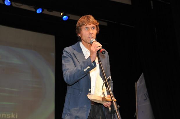 Przemysław Miarczyński do tytułu najlepszego sportowca Pomorza, który otrzymał od kapituły pod przewodnictwem marszałka województwa Mieczysława Struka dołożył nagrodę dla najlepszego żeglarza Pomorza minionego roku.
