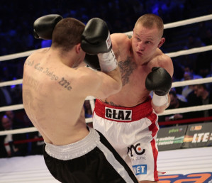 Paweł Głażewski pokonał na punkty Bartłomieja Grafkę.